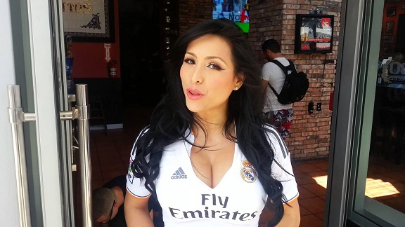 Venezuelan model Jeinny Lizarazo agrees to be punished if Benzema doesn't join Arsenal